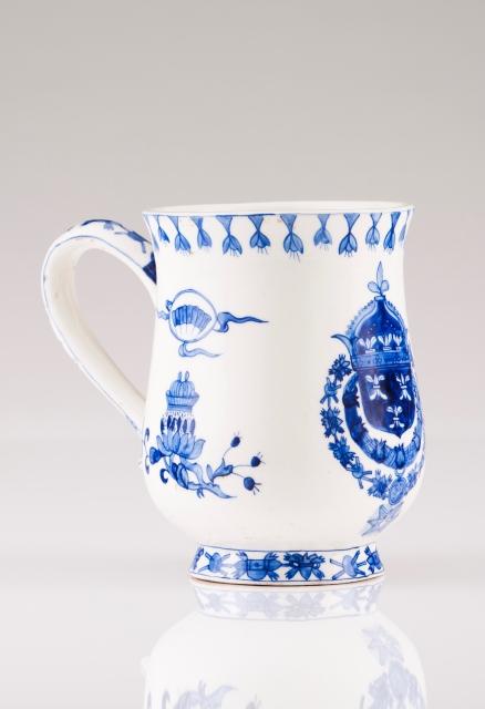[Auction 72] Lot 13 – A mug