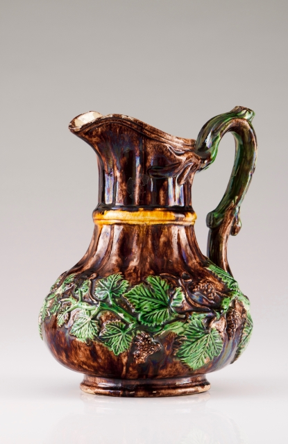 [Auction 72] Lot 24 – A jug